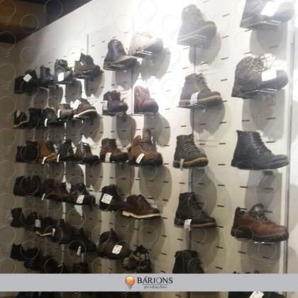 Corner em Painel Canaletado | Mobiliário de Loja