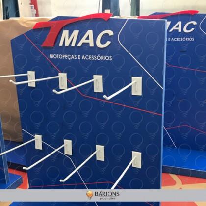 Display Personalizado de Mesa em MDF com Ganchos