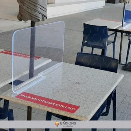 .Barreira de proteção para Mesa em acrílico - COVID-19